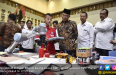 Mendikbud Dorong Siswa SMK Jadi Wirausaha di Era Industri 4.0 - JPNN.com