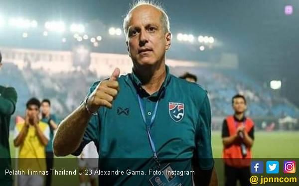 Usai Bantai Indonesia 4-0, Pelatih Thailand Ungkit Final Piala AFF U-22 - JPNN.com