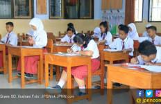 PPDB Sistem Zonasi: Anak tak Perlu Belajar yang Penting Rumah Dekat Sekolah - JPNN.com