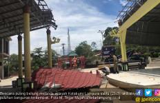 41 Bangunan Rusak di Lampura Diterjang Angin Puting Beliung - JPNN.com
