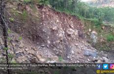 Warga Demo Besar – besaran saat Tambang di Lereng Gunung Lawu dan Wilis Ditutup - JPNN.com