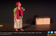 Trie Utami Perankan 7 Karakter Berbeda dalam Monolog Musikal - JPNN.com