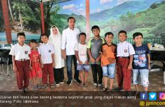 Jokowi Ajak Anak-Anak Lhokseumawe Makan Siang Bareng - JPNN.com