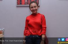 Rossa tak Rela Tinggalkan Tarawih - JPNN.com