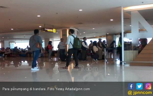 Awal Ramadan, Jumlah Penerbangan Turun 15 Persen - JPNN.com