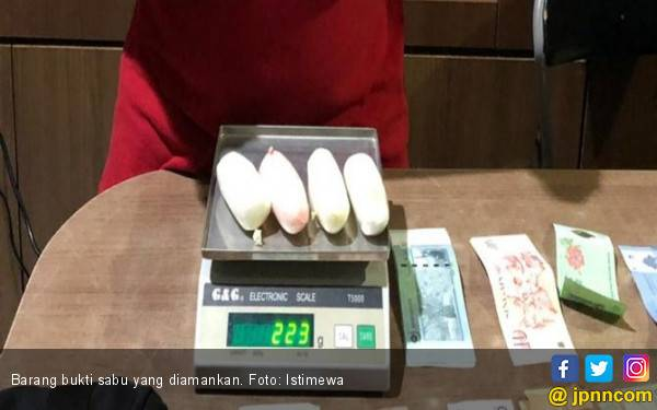 Demi Cinta, Diana Ikut Pacar Jualan Narkoba - JPNN.com