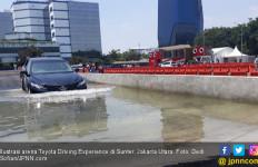 Sebagian Besar Konsumen Toyota Membeli Mobil Setelah Melakukan Test Drive - JPNN.com