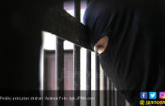 Sabilal Dihajar Warga Setelah Tepergok Mencuri Laptop - JPNN.com
