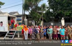 Gelar Bazar Murah, Bunda Merah Putih Sosialisasikan Kinerja Jokowi - JPNN.com
