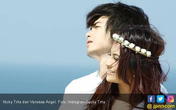 Ngambek, Nicky Tirta Sempat Unfollow Akun Instagram Vanessa Angel - JPNN.com