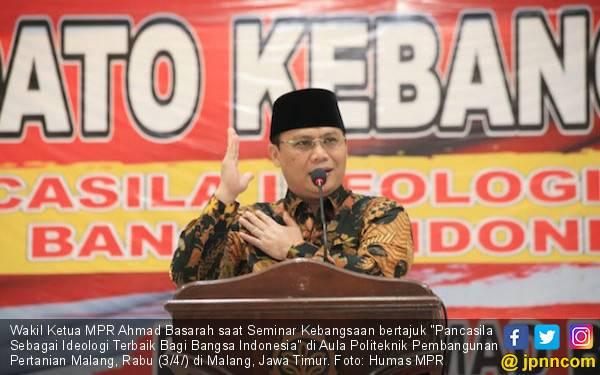 MPR: Hikmah Idulfitri Adalah Silaturahmi dan Persatuan Nasional - JPNN.com