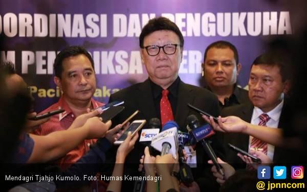 Pemda di Papua dan Papua Barat Diminta Jangan ke Luar Daerah - JPNN.com