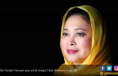 Titiek Soeharto Ikut Turun ke Jalan Mengawal Sidang MK - JPNN.com