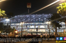 Prabowo - Sandi Hingga Rhoma Salat Subuh di SUGBK, Imamnya Ketum FPI - JPNN.com