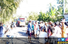 Konflik Nelayan Tradisional Vs Nelayan Trawl Kembali Memanas, Warga Blokir Jalinbar - JPNN.com