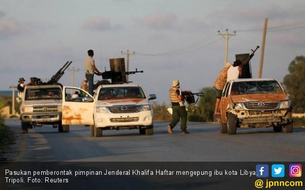 Perang Saudara Memanas, Ibu Kota Libya Dihujani Bom - JPNN.com