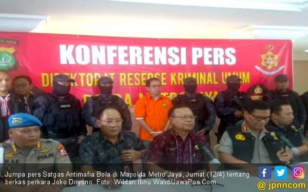 Berbaju Tahanan Dioper ke Jaksa, Jokdri Ogah Bicara - JPNN.com