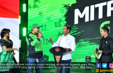 Jokowi Cari Pengemudi Go-Food yang Antar Makanan ke Istana Bogor - JPNN.com