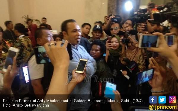 Kader PD Berteriak di Hotel Lokasi Debat Capres, Langsung Heboh - JPNN.com