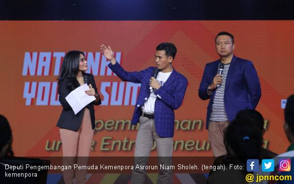 Asrorun Niam Beri Motivasi kepada Ribuan Peserta National Youth Summit - JPNN.com