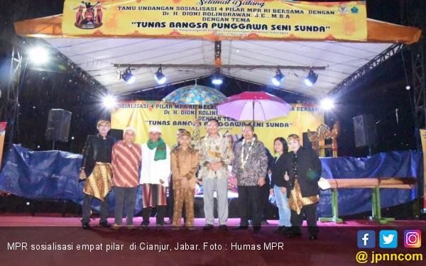 Kabupaten Cianjur Wayang Golek Ikut Sosialisasikan Empat Pilar - JPNN.com