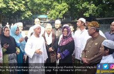 Mbak Tutut Ajak Putrinya Silaturahmi ke Ponpes Majlis Al Ihya Bogor - JPNN.com