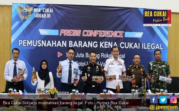 Bea Cukai Sidoarjo Musnahkan Belasan Juta Batang Rokok Ilegal - JPNN.com