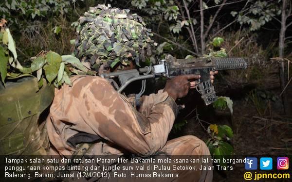 Paramiliter Bakamla Latihan Berganda, Hati-hati dengan Binatang Buas - JPNN.com
