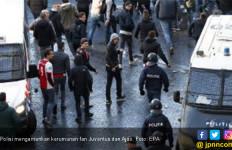Juventus Vs Ajax: Polisi Italia Usir 54 Pendukung Tim Tamu - JPNN.com