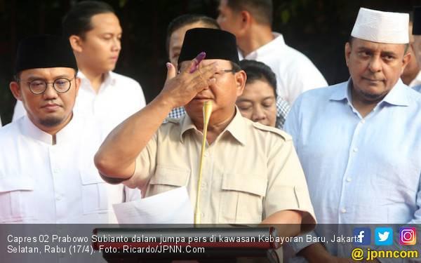 Yakin Menang Mau Sujud Syukur, Prabowo: Kiblat Mana… Kiblat Mana? - JPNN.com