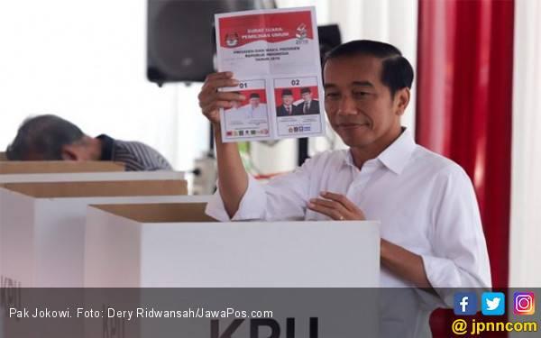 Ajakan Jokowi Pakai Baju Putih saat Mencoblos Dianggap Melanggar Asas Rahasia - JPNN.com