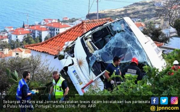 Bus Terguling, 29 Turis Jerman Tewas - JPNN.com