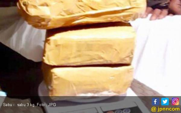 Polda Gagalkan Penyelundupan 3 Kilogram Sabu - Sabu dari Malaysia - JPNN.com