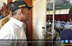 Mendikbud Klaim Hari Pertama UN SMP Lancar - JPNN.com