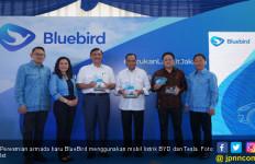 Keren! Armada Baru BlueBird Pakai Mobil Listrik Tesla dan BYD - JPNN.com