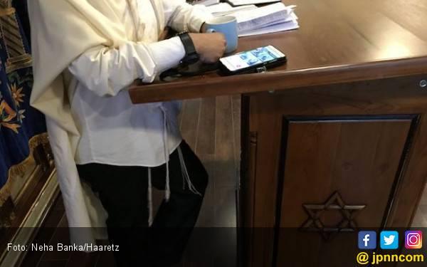 Kisah Tersembunyi Komunitas Yahudi di Indonesia - JPNN.com