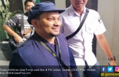 Kesaksian dr Tompi soal Kejanggalan Lebam di Wajah Ratna Sarumpaet - JPNN.com