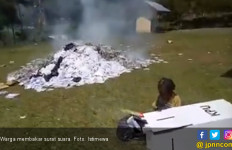 Tenang, Begini Cerita Sebenarnya soal Pembakaran Surat Suara di Papua - JPNN.com
