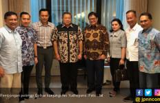 Rombongan Petinggi Golkar Jenguk Bu Ani Yudhoyono di Singapura - JPNN.com