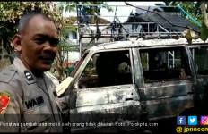 Semalaman Tiga Mobil dan Satu PAUD Dibakar Orang Tak Dikenal - JPNN.com