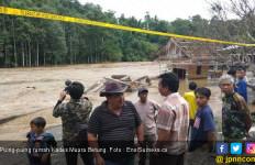Sungai Musi Meluap, Jembatan Ponton Putus, Tujuh Unit Rumah Hanyut - JPNN.com