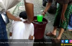 Caleg di Cirebon Depresi Minta Dimandikan Air Kembang Tujuh Rupa - JPNN.com