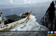 Coast Guard Vietnam Tabrak Kapal Perang Indonesia KRI Tjiptadi 381 di Natuna - JPNN.com