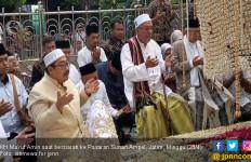 Kiai Ma'ruf Amin Kembali Berziarah ke Pesarean Sunan Ampel - JPNN.com