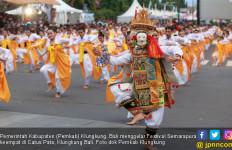 Hadirkan 2.019 Penari Wanita, Festival Semarapura IV Dibuka - JPNN.com