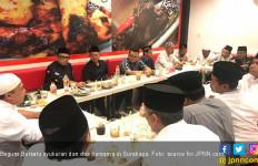Dipimpin Ipang Wahid, Barisan Gus dan Santri Syukuran serta Doakan Bangsa Kembali Bersatu - JPNN.com