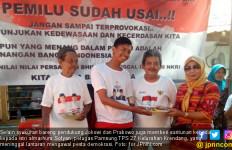 Alhamdulillah, Relawan Pendukung Jokowi dan Prabowo Syukuran Bareng di Jakarta Barat - JPNN.com