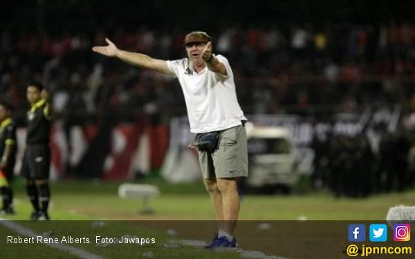Persija vs Persib: Rene Alberts Harapkan Laga Berimbang - JPNN.com
