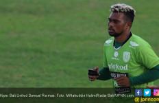 Bandara Papua Ditutup, Kiper Bali United Samuel Reimas Pilih Menetap di Mes - JPNN.com