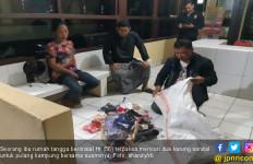 Sepasang Suami Istri Nekat Mencuri Sandal Buat Ongkos Mudik Lebaran - JPNN.com